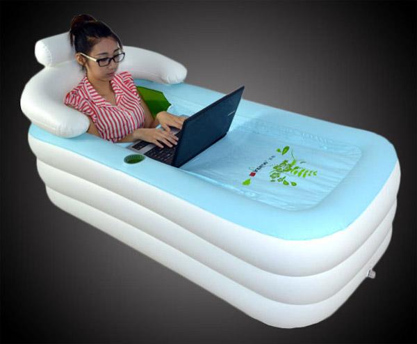 Opblaasbaar Bad Badkamer : Inflatable bath tub: omdat eigenlijk iedereen een bad wil