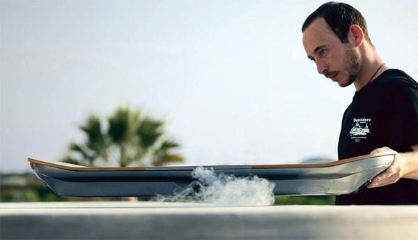 Zo werkt het hoverboard van Lexus