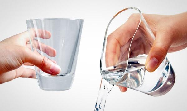 Het magische Shupua glas is gemaakt van doorzichtige siliconen