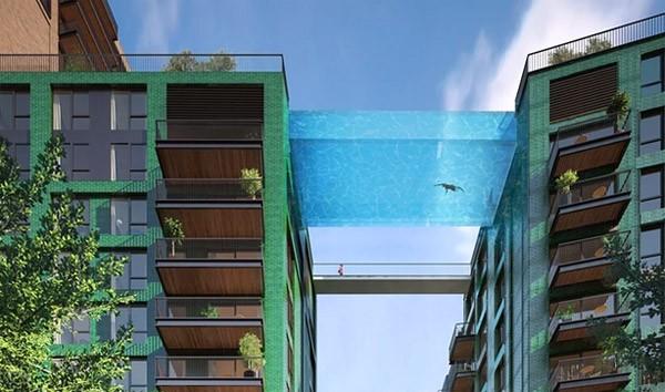 """Britse projectontwikkelaars bouwen een """"Sky Pool"""""""