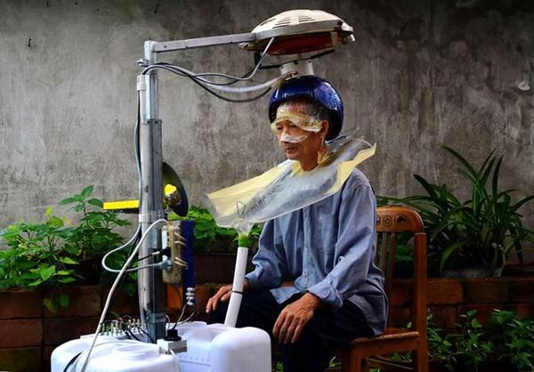 Chinese uitvinder ontwikkelt machine die automatisch je haren wast