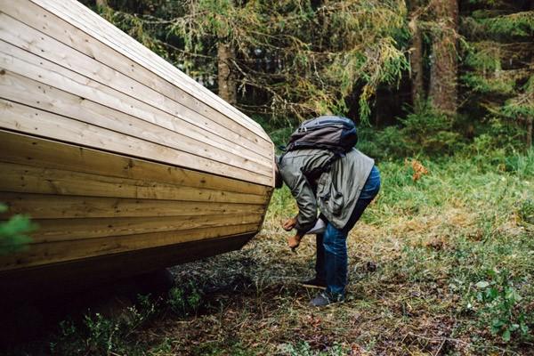 Deze gigantische megafoons versterken de geluiden van het bos
