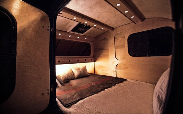 vintage-overland-caravan3