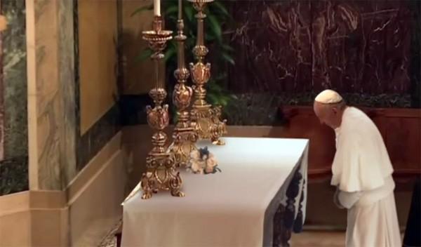 De paus, CGI en de magische tafelkleedtruc