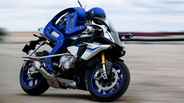 Motobot: een robot die straks beter kan motorrijden dan jij