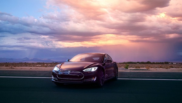 Zo moet je Tesla's Autopilot dus niet gebruiken