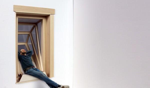 Uitklappende ramen: een slimme manier om in een kleine woning meer ruimte te creëren
