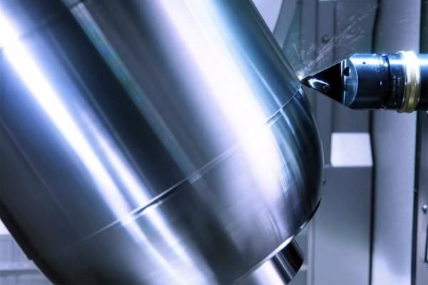 Een sterk staaltje techniek: de supersnelle freesmachine van Grob-Werke