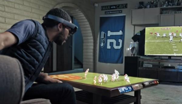 Met Hololens verandert je woonkamer in een stadion