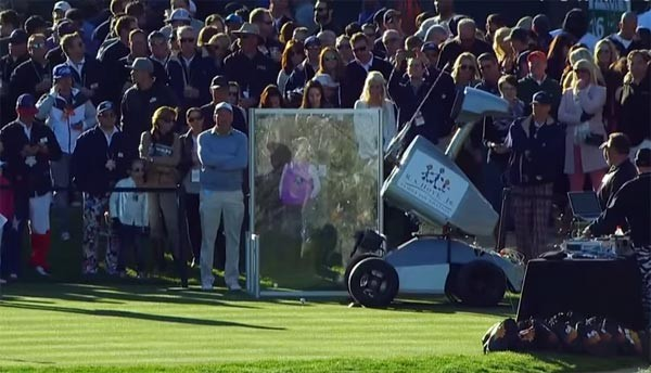 Robot slaat legendarische hole-in-one