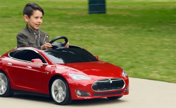 Er is nu ook een Tesla Model S voor kinderen