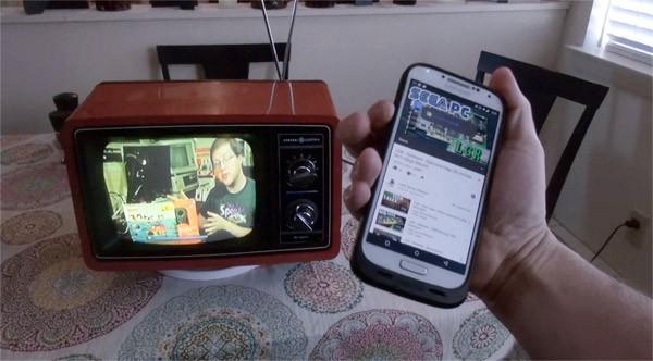 Voor de hipsters: een retro-televisie met Chromecast