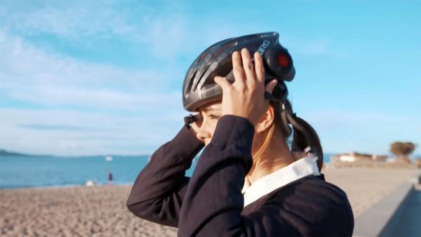 Domio: maak van je helm een speaker