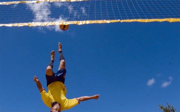 Bossaball: het muzikale broertje van volleybal