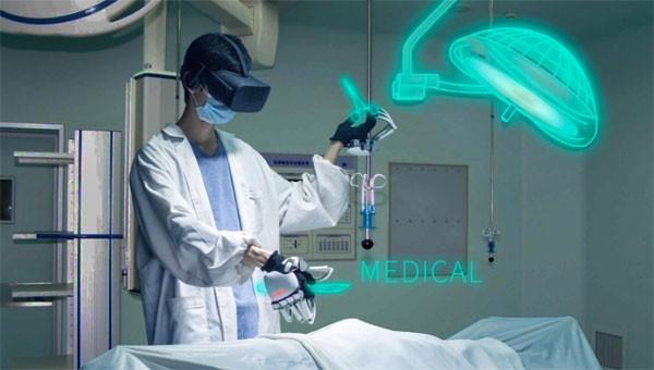 Dexmo: een handschoen die je dingen in VR laat aanraken