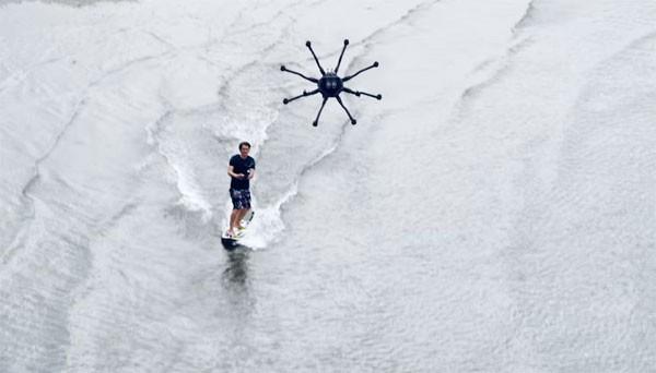 Geen golven nodig: surfen met een drone