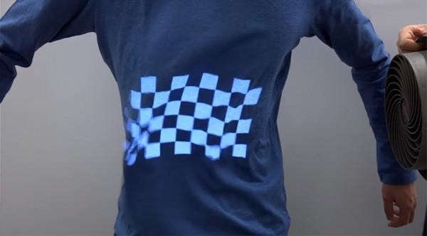 Projection mapping werkt nu ook op t-shirts en papier