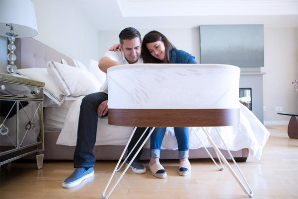 SNOO babybed geeft ouders een betere nachtrust