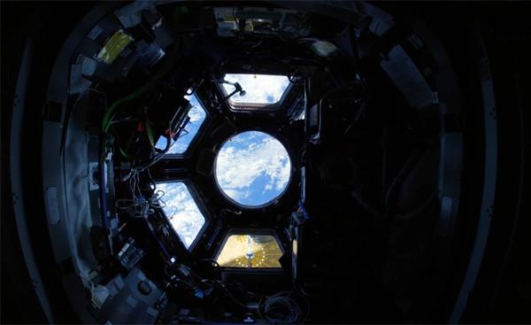 Een schitterend 4K-kijkje in het ISS