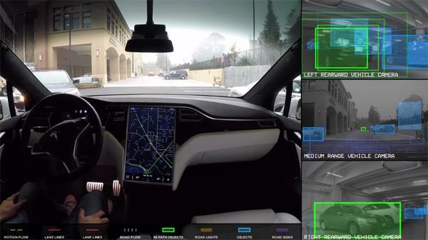 Tesla toont indrukwekkende nieuwe demo van zelfrijdende auto