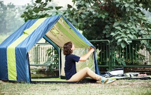 Met een tent om je bed kan de energierekening flink omlaag