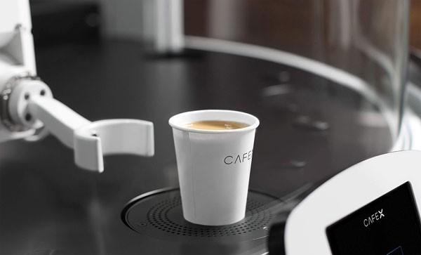 In San Francisco is er nu een robotkoffiebar