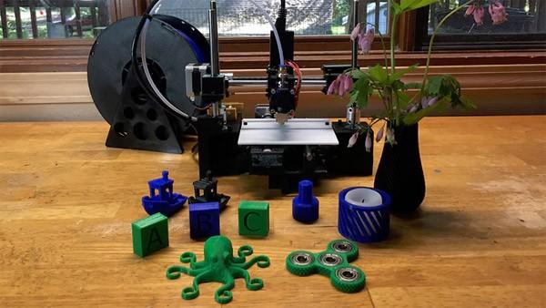 BuildOne: een 3D-printer voor een prikkie