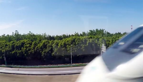 Video toont de ontzagwekkende snelheid van Maglev-treinen