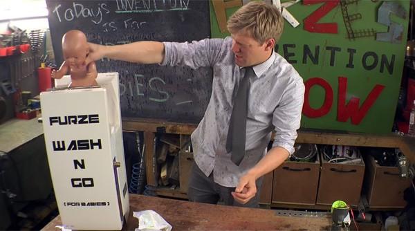 Colin Furze heeft een wasmachine voor baby's ontwikkeld