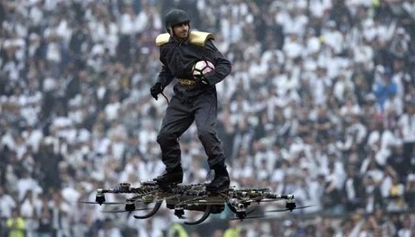 Surfen op een drone voor de Portugese bekerfinale