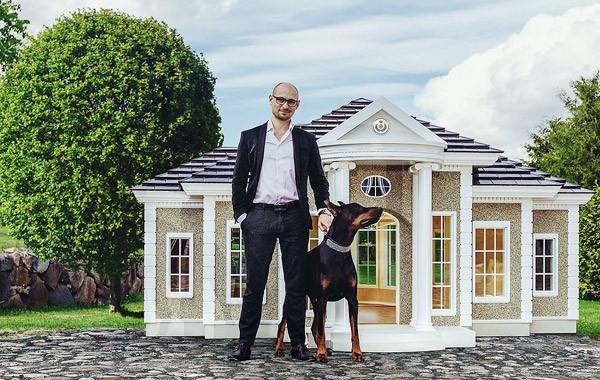 Dit hondenhok kost maar liefst 200.000 dollar