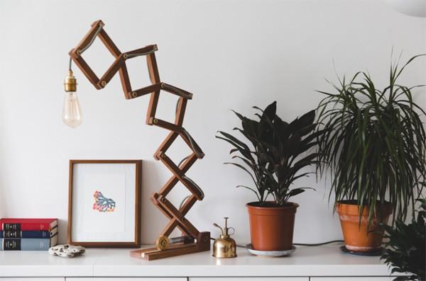 Crane Lamp: een mooi vormgegeven mechanische lamp