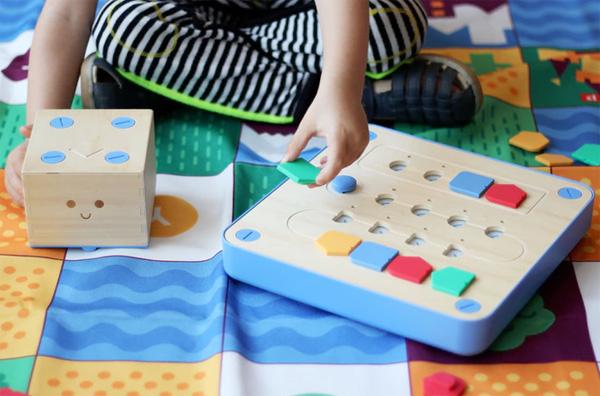 Met Cubetto Leren Kinderen Van Jongs Af Aan Programmeren