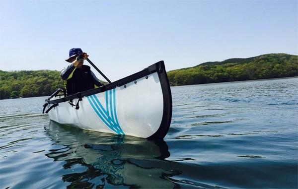 Met de opvouwbare MyCanoe kano lig je in tien minuten op het water