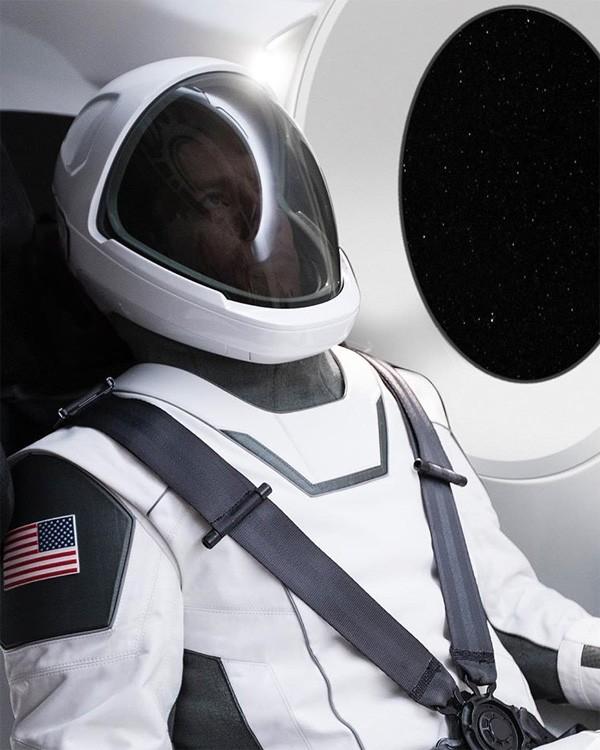 spacex-ruimtepak