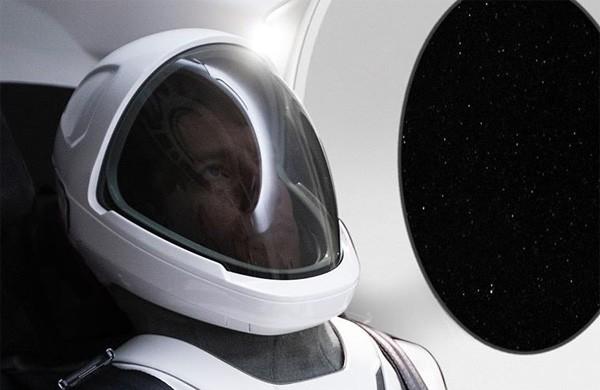 Zo ziet het ruimtepak van Elon Musks Space X eruit
