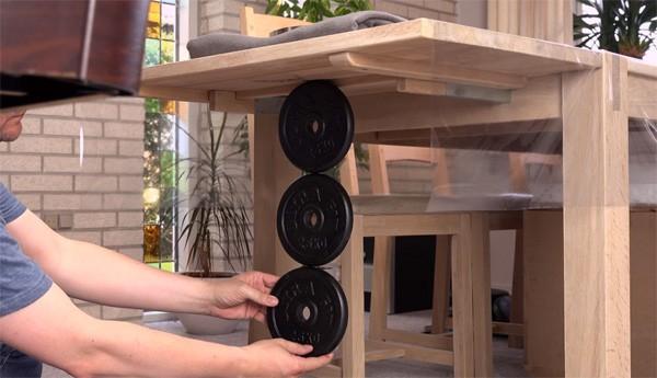 Deze video toont de kracht van de grootste neodymium magneet