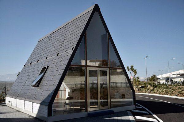Dit kleine huisje is zelfvoorzienend en kost 27.500 euro