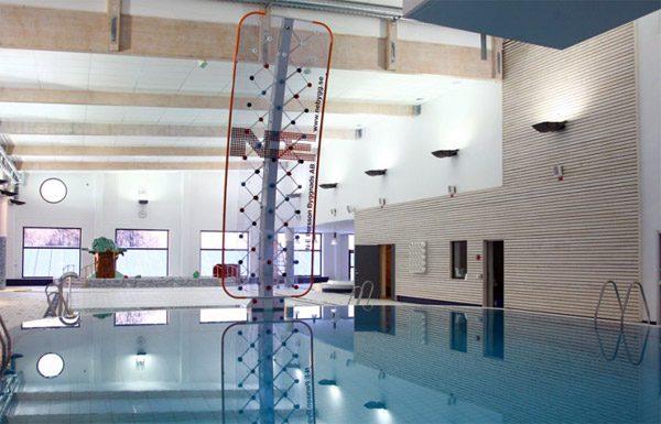 AquaClimb: een klimmuur voor bij het zwembad