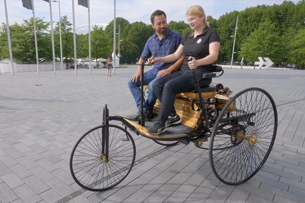 Een kijkje bij de eerste auto ter wereld