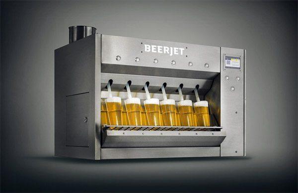 Beerjet: tap zes biertjes in tien seconden