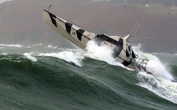 Thunder Child: de boot die zichzelf omdraait na het kapseizen