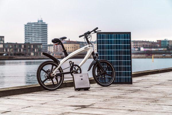 Kvaern: een e-bike met een bijbehorend zonnepaneel