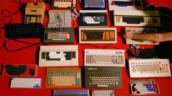 Keyboard King: een enthousiaste verzamelaar van toetsenborden