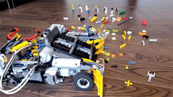 Deze LEGO-robot ruimt automatische je losse blokjes op