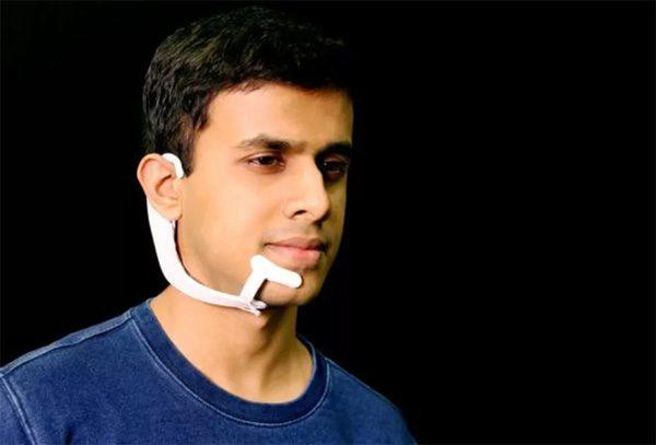 AlterEgo: een headset die je gedachten leest