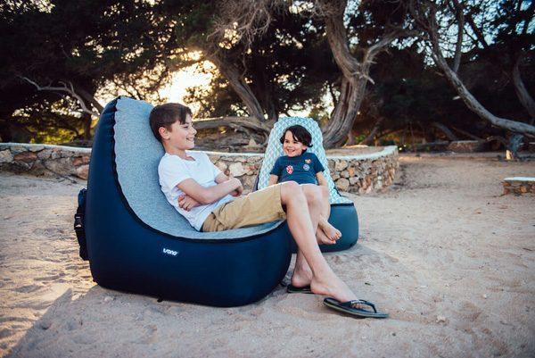 Trono Kids: een luchtige loungestoel voor kinderen