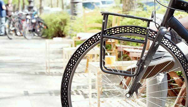 3D-printer maakt fietsband die niet lek kan gaan