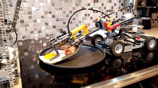 Lego Breakfast Machine: een ontbijtrobot gemaakt van Lego