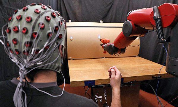 Deze robots zijn te besturen via handbewegingen en hersengolven